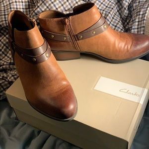 Clark's Demi Tone all Leather Booties
